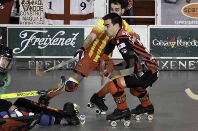 Barcelona vence em Noia e mantém vantagem