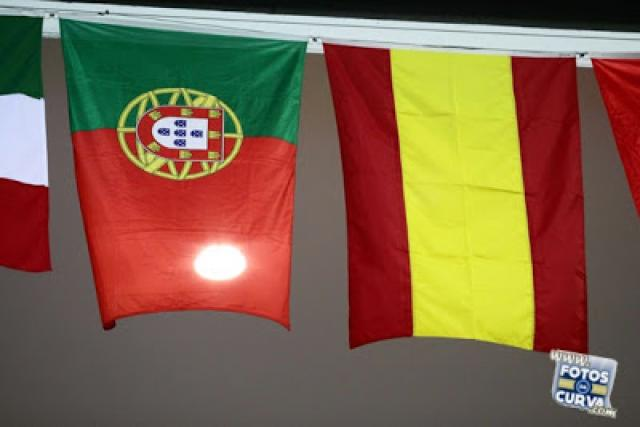 Espanha vence (novamente) Portugal
