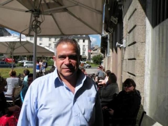 Rafael Oliveira ruma a França