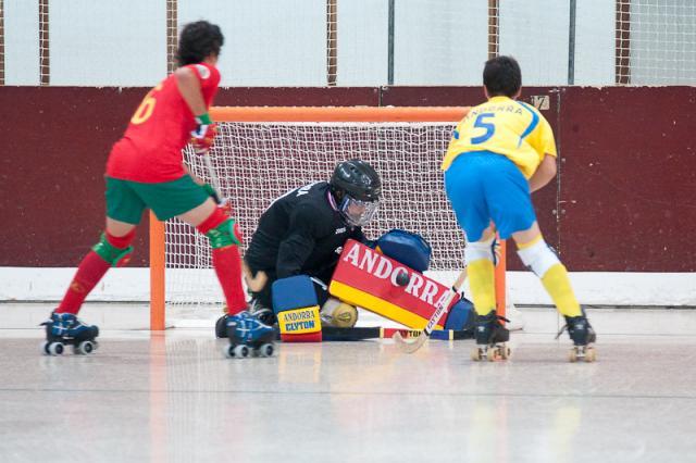 Portugal goleia Andorra e passa para meias finais